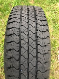 Single tire 265/75/16 newer condition Fairview, 97024