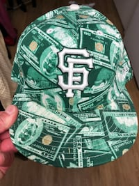 San Francisco Giants. Fitted new era ball cap size 7 1/2.money hat