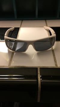 Spyware sunglasses  Louisville, 40205