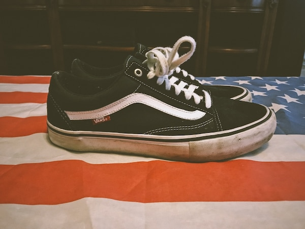 62e6d1b0d1b49 Used  PRICE DROP  PAIR OF BLACK AND WHITE 10.5 VANS OLD SKOOL PRO for sale  in Oklahoma City - letgo