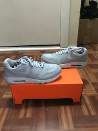 pair of white Nike Air Max shoes with box West New York, 07093
