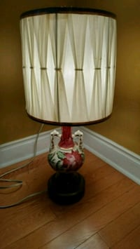 Vintage lamp ( only one) Ajax, L1T 0B9