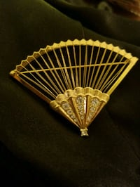 hand fan brooch Waynesboro, 22980