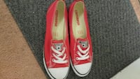 pair of pink Converse low-top sneakers Vancouver, V5V 4B8