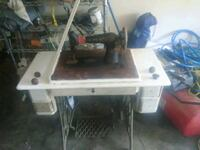 white and black table saw