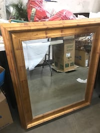 Gold mirror 41x35. Selling for $20 firm. Bakersfield, 93307