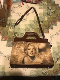 *** Brand New Marilyn Monroe Collectors purse Manchester, 37355