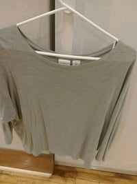 Womens large (fits small) light green top  Toronto, M6P 1S3
