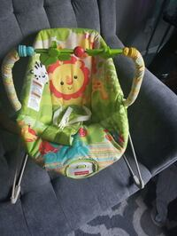 Fisher price baby swing  Hamilton, L8W 3T4