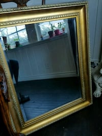 Beautiful Beveled Glass Mirror With Gold Frame  Los Angeles County, 91344