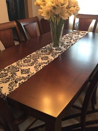 Table Runners Courtice