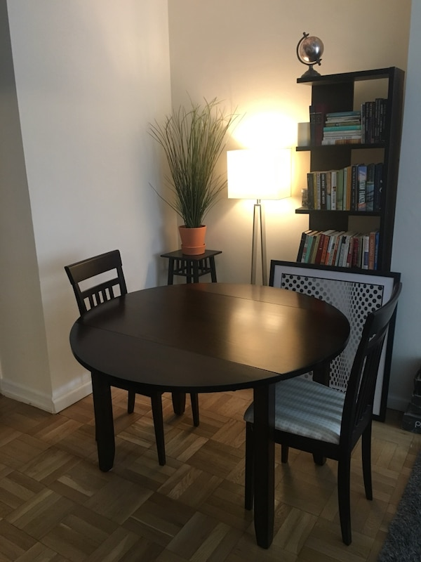 Macy S Dining Room Table With Drop Leaf