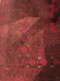 Well maintained large 11x8 Persian rug