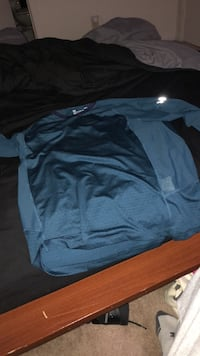 Large Under Armour Run Long Sleev Winchester, 22601