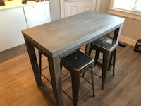 Industrial hightop kitchen table Coquitlam, V3C 5G6