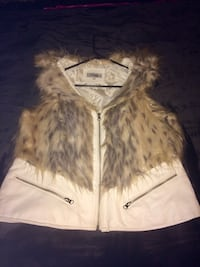 Brown and white fur zip-up vest Kingston, 12401