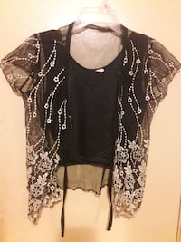 Semi used blouse med. $5 Laredo, 78040