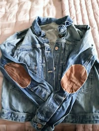 Gap Distressed Denim Jacket  Toronto, M1J 2C4