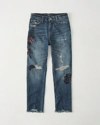 BNWT A&F EMBROIDERED JEANS Toronto, M5B 2H5