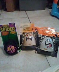 1 spider needs battery 2 ghost battery operated