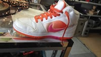 unpaired white and orange nike high top sneaker Surrey, V3T 1W5