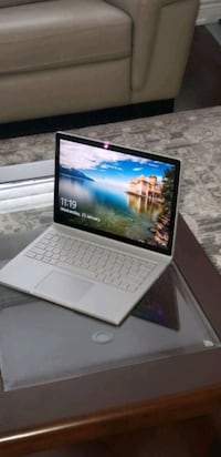 Surface book - 13.5 inches/i7/16gb ram/512 SSD Toronto, M6G