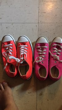 converse size 7 mens 9 womens  neon orange and pink Woodland, 95776