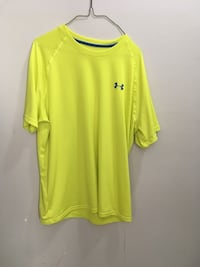 Men's xl under armour shirt  Edmonton, T5E 2T3