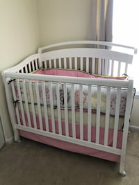 Baby Crib with mattress and bedding  Manassas, 20109