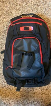 Oakley Backpack Red and Black Dublin, 43016