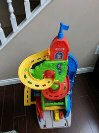 Car tower playset