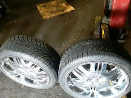22 inches rims and tires with 2 extra tires