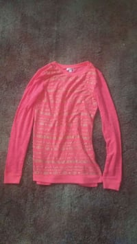 pink and long-sleeved shirt Gothenburg, 69138