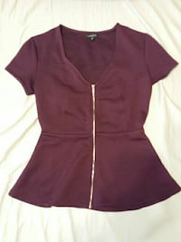 Dynamite peplum top. Size xsmall.  Barrie, L4M 1Y9