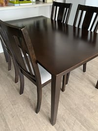 Dining Table and 6 chairs  Toronto, M2N 7G8
