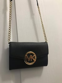 Michael Kors small crossbody purse Vaughan, L6A 4S8
