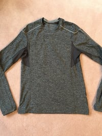 Men's Lululemon long sleeve size large