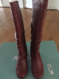 Array Red Leather Boots size 9.5 Lanham, 20706