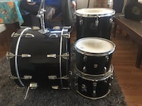 black and white drum set Woodford, 22580