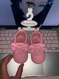 Koala baby size 3 pink girl shoes  Toronto, M3N