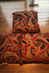 3 cushions  big beautiful size , no pets in this house  Calgary, T3H 2L8