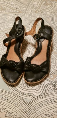 NEW Born leather knot cork bottom 6.5 sandals Tewksbury, 01876