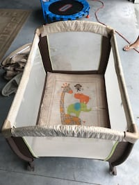 Pack and play crib York, 17408