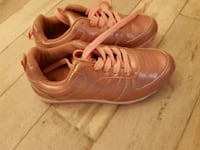 Rosa Adidas Low-Top Sneakers Wien, 1100