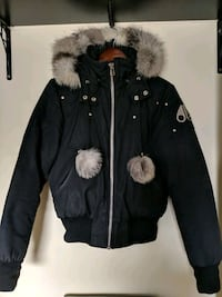 Womens M Mooseknuckles bomber