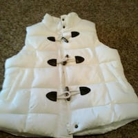 white and black duffle vest Nicholasville, 40356
