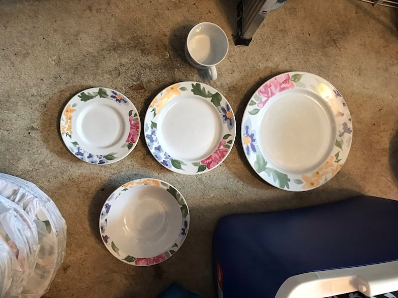 China set with silver wear, set of 7 3