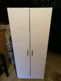 White cabinet for sale Brampton, L6W 0A7