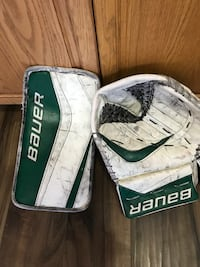 Hockey Goalie blocker and glove St Albert, T8N 5X4