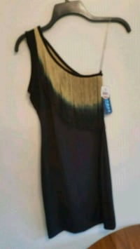 Dress size small... pick up in Mounds View Mounds View, 55112